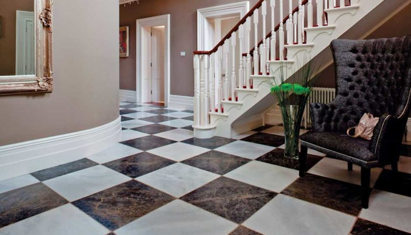 How to choose between floor tiling and floor marbling