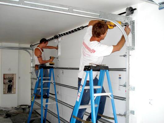 garage door repair company in Tarzana